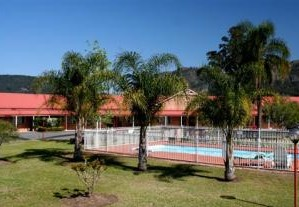 Gloucester Country Lodge - Accommodation Airlie Beach