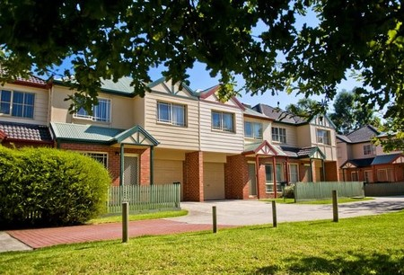 Monash Terrace Apartments - Accommodation Airlie Beach
