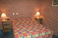 Colonial Motor Inn West Wyalong - Accommodation Airlie Beach