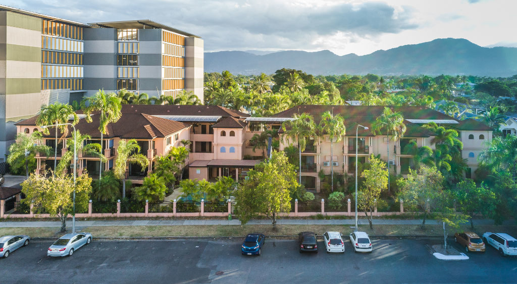 Central Plaza Apartments - Accommodation Airlie Beach