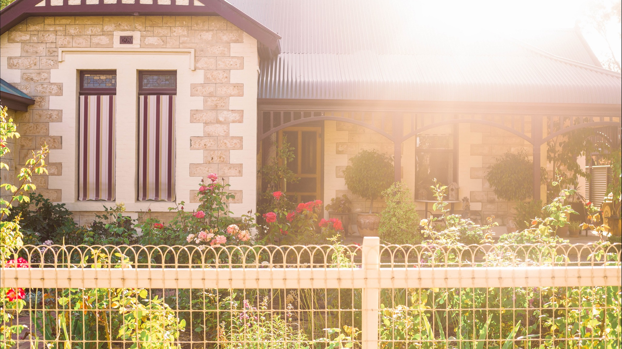 Hamilton House Bed And Breakfast - Accommodation Airlie Beach