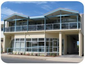Port Lincoln Foreshore Apartments - Accommodation Airlie Beach