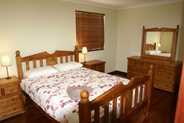 Four Elements Farmstay - Accommodation Airlie Beach