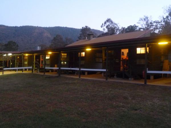 Christmas Creek Cafe and Cabins - Accommodation Airlie Beach
