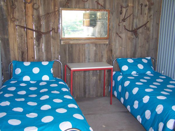 Catninga Mountain Camp Hut - Accommodation Airlie Beach