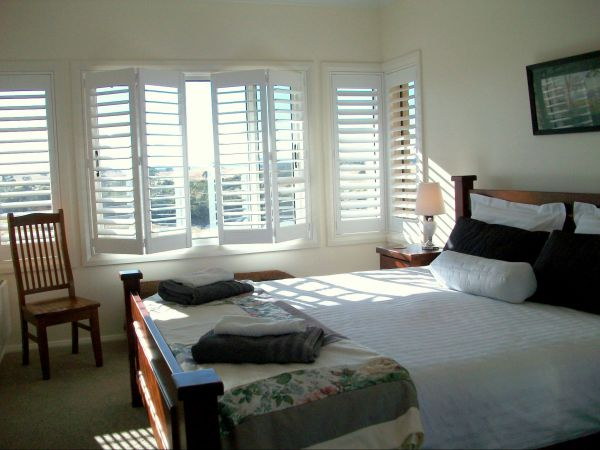 Heathcote Views Bed  Breakfast - Accommodation Airlie Beach