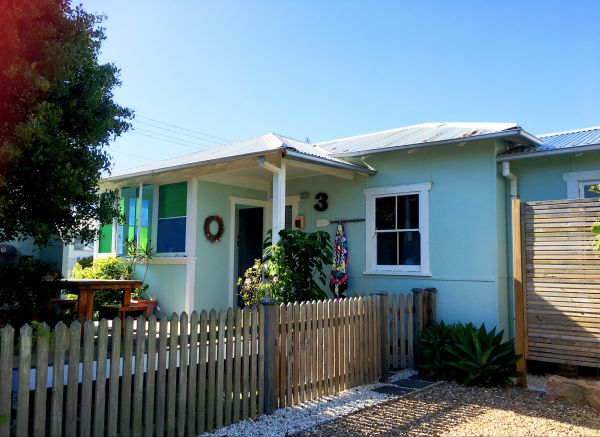 Atlantis Seafarers Cottage - Accommodation Airlie Beach