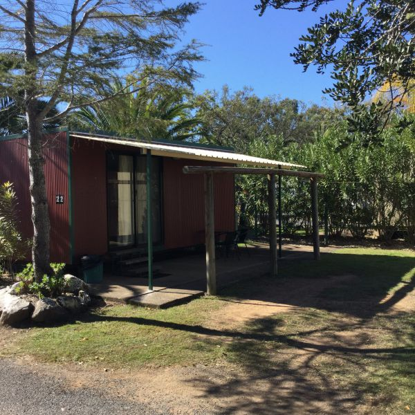 Homestead Caravan Park - Accommodation Airlie Beach
