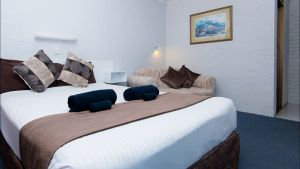 Abajaz Motor Inn - Accommodation Airlie Beach