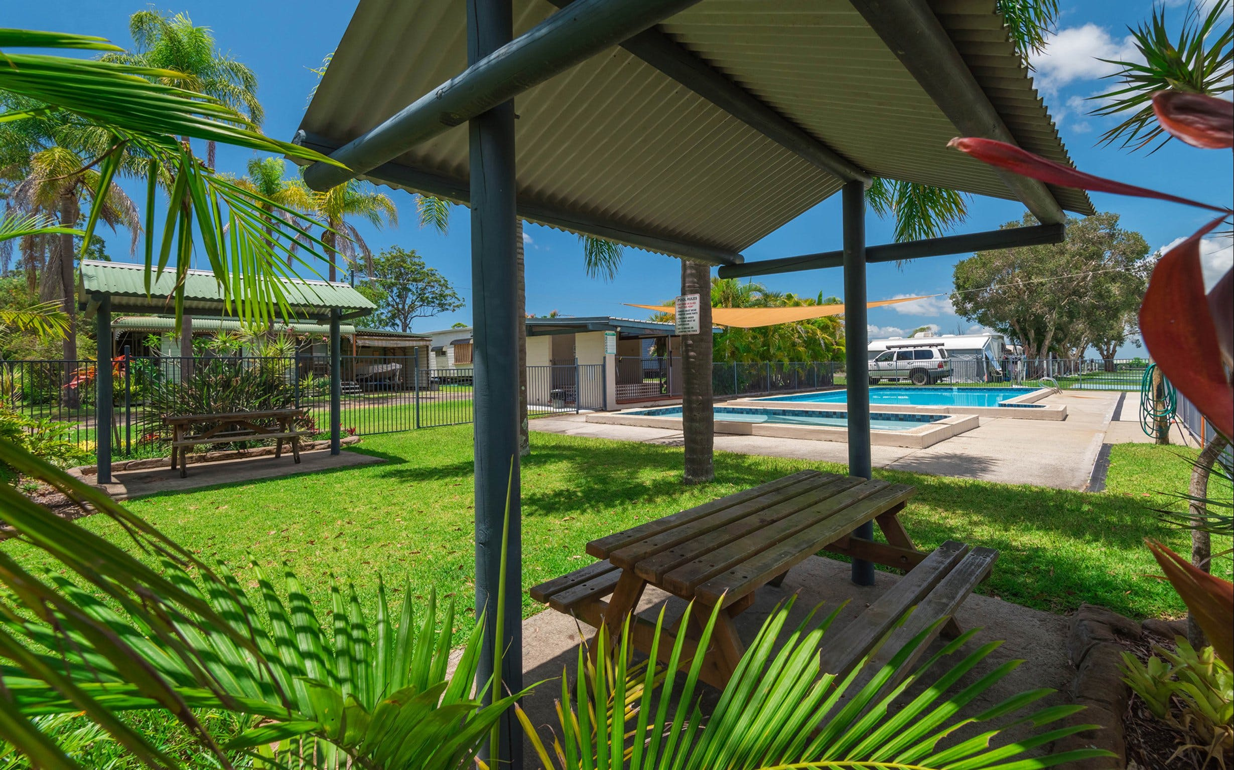 Bimbimbi Riverside Caravan Park - Accommodation Airlie Beach
