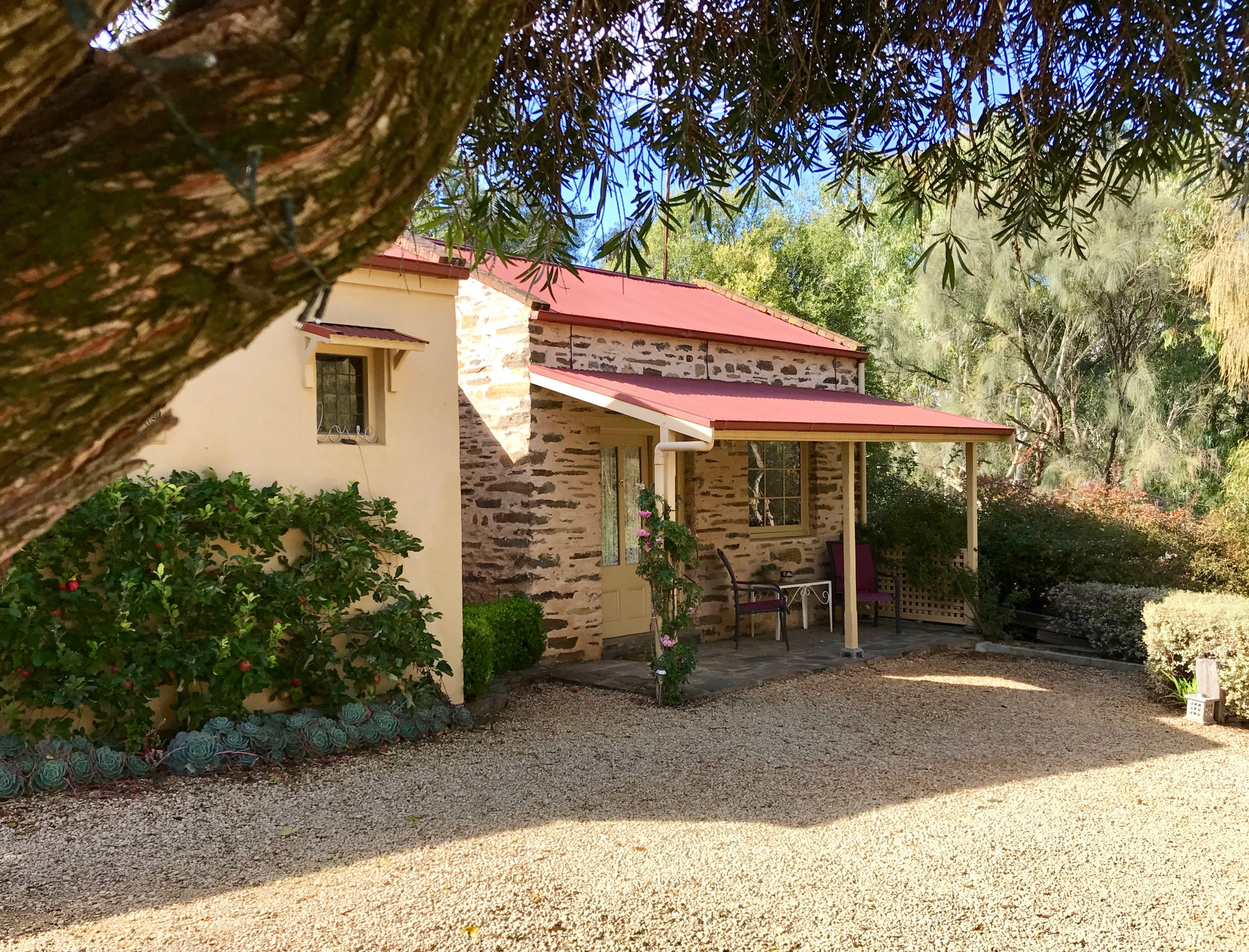 Gasworks Cottages Strathalbyn - Accommodation Airlie Beach