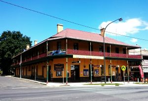 Royal Mail Hotel Braidwood - Accommodation Airlie Beach