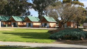 Jamestown Country Retreat Caravan Park - Accommodation Airlie Beach