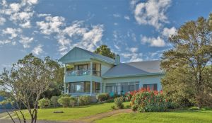 King of North Bay - Accommodation Airlie Beach
