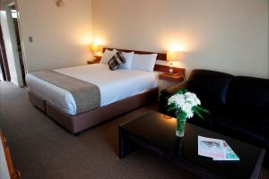 Longreach Motor Inn - Accommodation Airlie Beach
