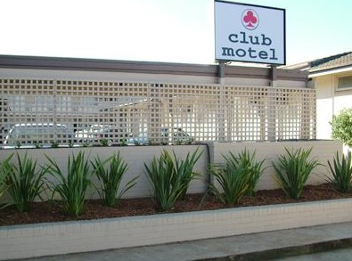 Club Motel - Accommodation Airlie Beach