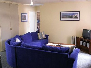 Westwood Motor Inn - Accommodation Airlie Beach