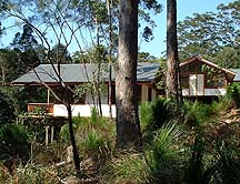 Grass Trees Escape - Accommodation Airlie Beach