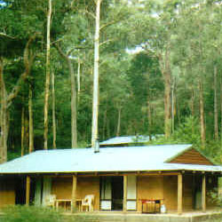 Warren River Cottages - Accommodation Airlie Beach
