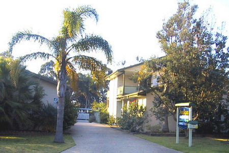 Avalon Holiday Units - Accommodation Airlie Beach