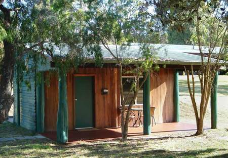 Kin Kin Retreat - Accommodation Airlie Beach