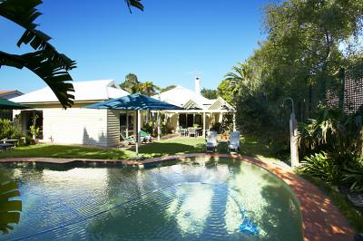 Waratah Brighton Boutique Bed And Breakfast - Accommodation Airlie Beach