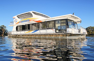 All Seasons Houseboats - Accommodation Airlie Beach