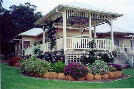Moss Brook Bed and Breakfast - Accommodation Airlie Beach
