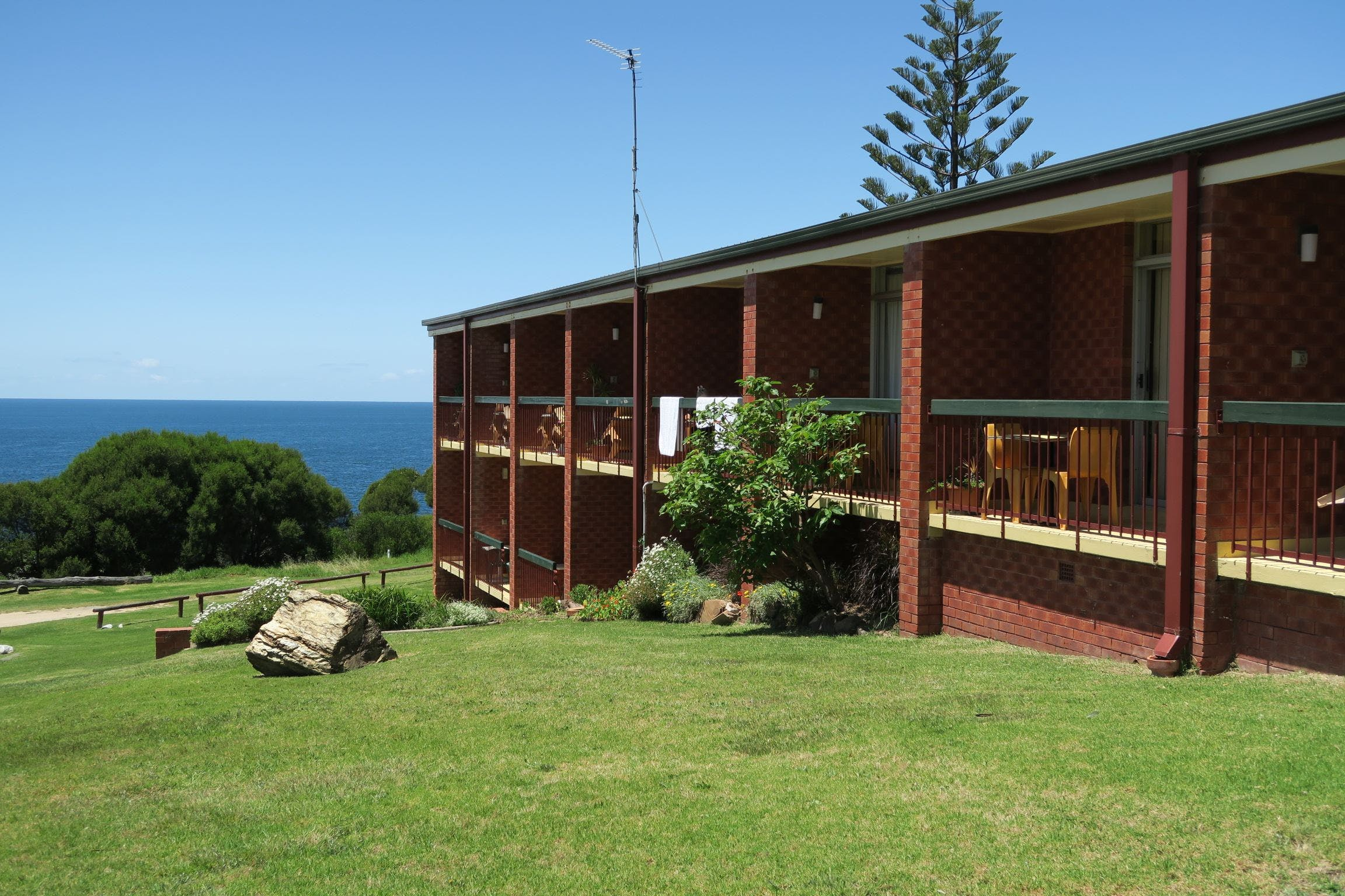 Tathra Hotel - Motel - Accommodation Airlie Beach