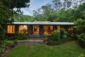 Cow Bay Homestay Bed and Breakfast - Accommodation Airlie Beach