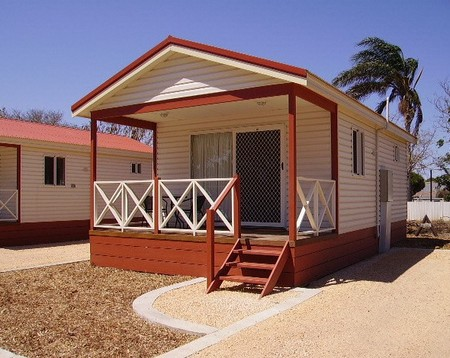 Outback Oasis Caravan Park - Accommodation Airlie Beach