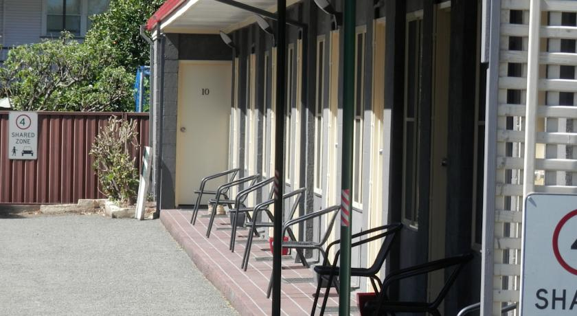 Benjamin Singleton Motel - Accommodation Airlie Beach