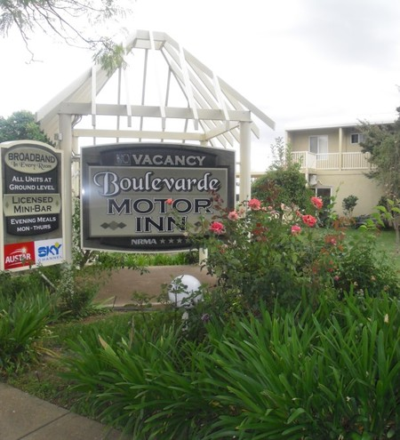 Boulevarde Motor Inn - Accommodation Airlie Beach