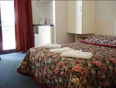Linwood Lodge Motel - Accommodation Airlie Beach