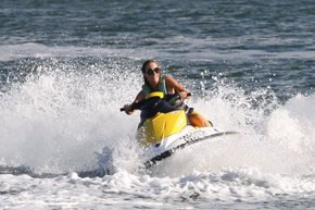 Extreme Jet ski Hire - Accommodation Airlie Beach
