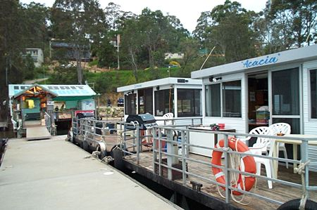 Clyde River Houseboats - Accommodation Airlie Beach