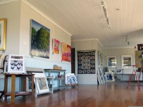 Tamar Valley Art Shack - Accommodation Airlie Beach