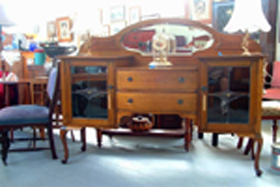 Ring Road Antique Centre - Accommodation Airlie Beach