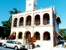 Mackay Town Hall - Accommodation Airlie Beach