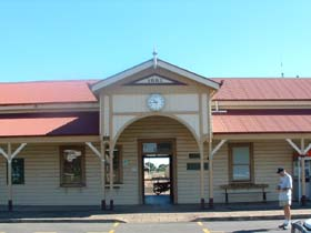Maryborough Railway Station - Accommodation Airlie Beach
