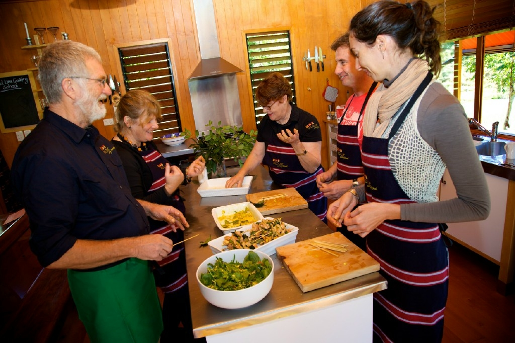 Wild Lime Cooking School - Accommodation Airlie Beach