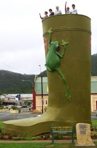 Golden Gumboot - Accommodation Airlie Beach
