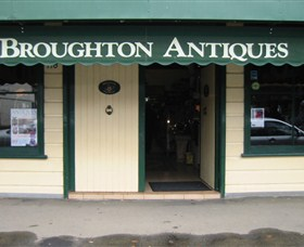 Broughton Antiques - Accommodation Airlie Beach