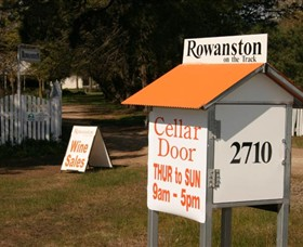 Rowanston on the Track Winery  Bed and Breakfast - Accommodation Airlie Beach