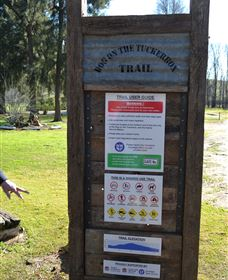 Dog on the Tucker Box Recreational Trail - Accommodation Airlie Beach