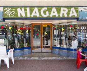 Niagra Cafe - Accommodation Airlie Beach