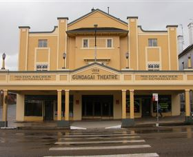 Gundagai Emporium - Accommodation Airlie Beach