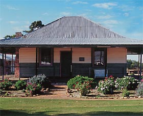 Albert Facey Homestead - Accommodation Airlie Beach
