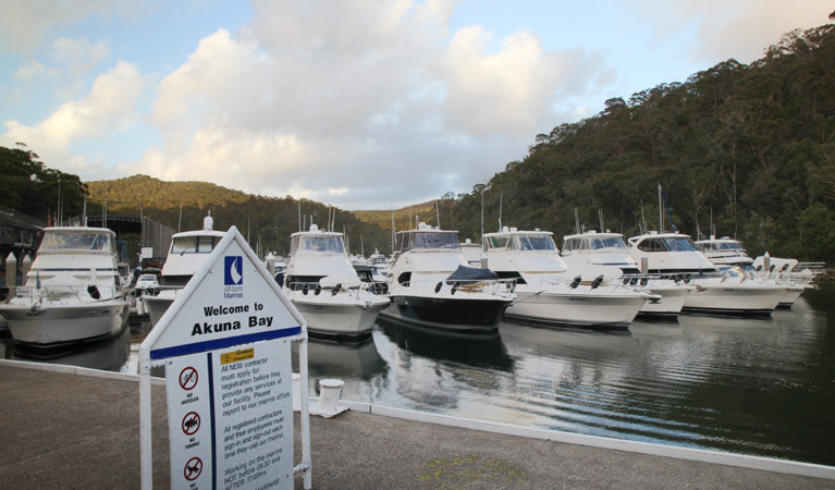 d'Albora Marinas at Akuna Bay - Accommodation Airlie Beach