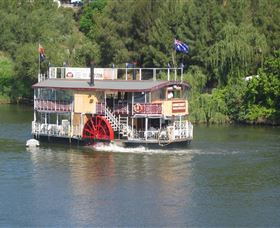 Hawkesbury Paddlewheeler - Accommodation Airlie Beach